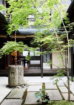 "Guesthouse opens inside revamped century-old ""machiya"" house in Kyoto"