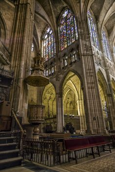 Interior de la Catedral de León by Mariluz Rodriguez Alvarez on 500px