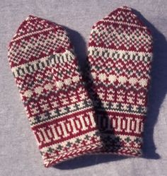 Pat's Knitting and Quilting:Mittens from Lapland Mittens Pattern, Sweater Knitting Patterns, Knitting Charts, Knitting Socks, Hand Knitting, Knitting Designs, Fingerless Mittens, Knit Mittens, Knitted Gloves