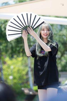 Roa(。♥‿♥。) Pristin Roa, Kim Min Kyung, Chuncheon, Korean Wave, Black Widow, Asian Girl, Parks, Kpop, Collection