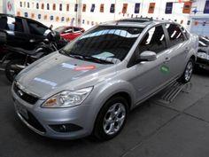 Ford 12/12 Focus Sedan TITANIUM 2.0 - http://www.carrosportoalegre.com/ford-1212-focus-sedan-titanium-2-0/