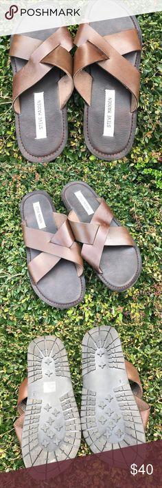 Steve Madden P Kacie leather slides Excellent Condition!! Size 9 Steve Madden Shoes Sandals & Flip-Flops