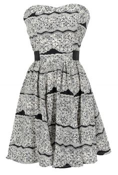 Black and White Lace Printed Elastic Band Dress www.lilyboutique.com