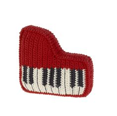 Crochet Piano. Would love to put a zipper in this and turn it into a change purse!