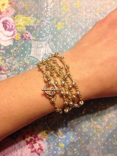 Bead crochet bracelet with toggle clasp