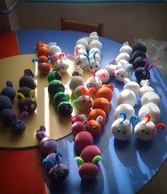 Çoraptan Tırtıl Yapımı-Okul öncesi eğitim : MİNİ GÜNCE Preschool Education, Preschool Worksheets, School Teacher, Pre School, Montessori, Emotions Wheel, Diy And Crafts, Crafts For Kids, Puzzles For Toddlers