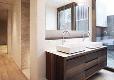 meier architekten – Objekt 255 #architektur #architekturschweiz #architekturzürich #architekturbüro #designhaus #interiordesign #design Meier, Bathroom Lighting, Vanity, Mirror, Interiordesign, Furniture, Home Decor, Bathing, Haus
