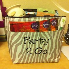 Thirty-One Lunch Thermal ... Use it to carry your Scentsy samples to your party.