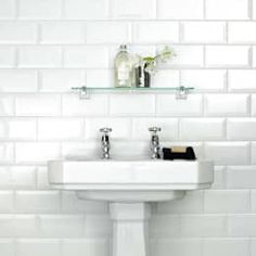 Subway, or metro, tiles exploded onto the interior design scene last year and they are showing no signs of slowing down! Now freely available in a range of colors, the beveled edges add an unmistakable element of class and distinction and look amazing in a kitchen or bathroom! Walls & flooring by Walls and Floors Ltd