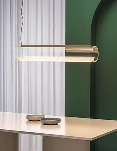 Discover the Guise collection designed by Stefan Diez for Vibia. Includes two options: pendant lamp and wall sconce lamp. A surprising lighting effect with flawless technical performance. Luxury Lighting, Interior Lighting, Lighting Design, Wallpaper Mag, Pendant Lamp, Pendant Lighting, Ballon Lampe, Blitz Design, Led Stripes