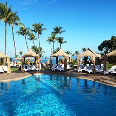 """Like if you wouldn't just love a weekend...along with a Kerstin Florian facial of course! Fairmont Kea Lani, Maui. @fairmontkealani @willowstreamspa #spa…"""