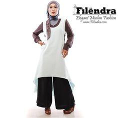 Busana Muslim's wide pants with tunic top