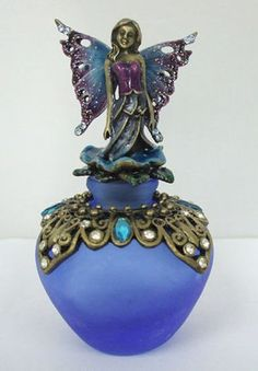 This perfume bottle is perfect for my Mall Fairies! And the fairy could be Swoop. Conda Douglas