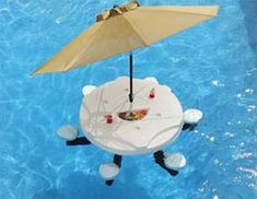 Aquapub, A Floating Bar
