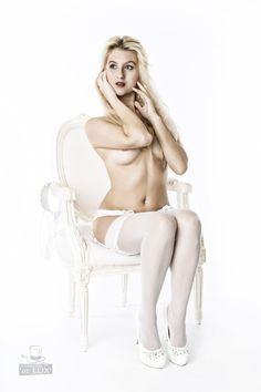 Session 'Golden Eye'  Photography: Atelier 'et Lux', Model: Marilyn