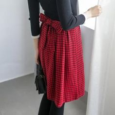 Buy 'Tokyo Fashion – Bow-Accent Houndstooth Midi Skirt' with Free Shipping at YesStyle.com.au. Browse and shop for thousands of Asian fashion items from Taiwan and more!