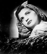 Myrtha Silva nacio en , *Arecibo, 11 de septiembre de 1927 - murio en  Nueva York, 2 de diciembre de 1987). Destacada cantante, compositora y músico puertorriqueña, conocida popularmente como la Gorda de Oro.