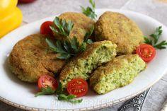 Kotleciki z kaszy jaglanej z brokułem