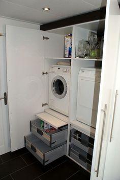 Waschmaschine in küche integrieren  Podest für Waschmaschine und Trockner im HWR … | ° Þvottaherbergi ...