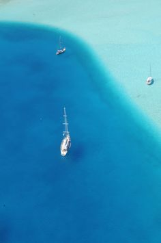 I have to go here! Because its beautiful, clean and clear and blue! It's just so blue! Is anywhere in the world more blue?