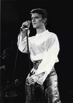 David Bowie 1978 stage
