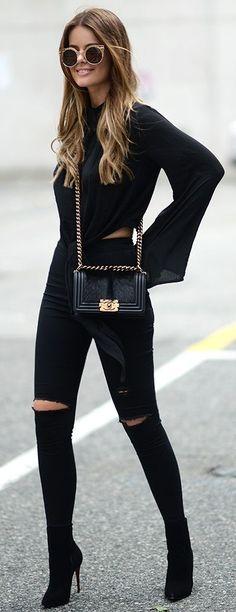 All Black -- Top: H&M / Bag: Chanel / Jeans: Topshop / Shoes: Christian Louboutin / Sunglasses: ZeroUv