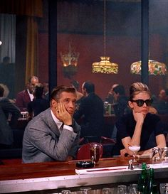 Paul Varjack (George Peppard) and Holly Golightly (Audrey Hepburn), Breakfast at Tiffany's Audrey Hepburn, Katharine Hepburn, George Peppard, Blake Edwards, Classic Hollywood, Old Hollywood, Hollywood Fashion, Dont Take Me Home, Breakfast At Tiffany's