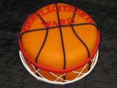Basketball cake w/net Cupcakes, Cupcake Cakes, Cake By The Pound, Sports Themed Cakes, Different Kinds Of Cakes, Basketball Signs, Basketball Cakes, Basketball Party, Sport Cakes