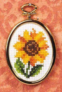 This Pin was discovered by Den Mini Cross Stitch, Modern Cross Stitch, Cross Stitch Flowers, Cross Stitch Designs, Cross Stitch Patterns, Cross Stitching, Cross Stitch Embroidery, Floral Necklace, Embroidery Jewelry