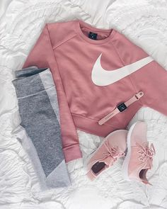 64 Super Ideas For Sport Outfit Winter Sporty Chic Teen Fashion Outfits, Sport Outfits, Trendy Outfits, Fall Outfits, Fashion Ideas, Sporty Chic Outfits, Cute Sporty Outfits, Women's Nike Outfits, Leggings Outfit Summer Casual