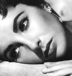 ElizabethTaylor: 50s brows...