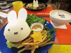 Miffy burger and Latte- almost too cute to eat