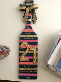 """birthday sorority paddle """"The only things a girl should chase are her drinks and dreams"""" Sorority Paddles, Sorority Crafts, Sorority Life, Sorority Canvas, Sorority Recruitment, Phi Sigma Sigma, Delta Phi Epsilon, Delta Zeta, Alpha Chi Omega"""
