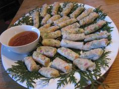 Crunchy Veggie Rice Paper Wraps. made this today. easy... and sub'd meat for marinated tofu....