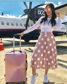 Street Style: The 30 Best Looks For Everyday - Outfit Ideas Modest Wear, Modest Dresses, Modest Outfits, Cute Casual Outfits, Teen Fashion Outfits, Modest Fashion, Fashion Dresses, Fashion Fashion, Mode Costume