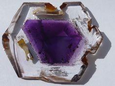 зональный кристалл аметиста