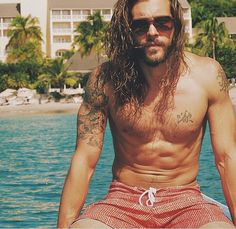 41 Bearded Men So Hot, They Will Melt Your Computer Screen Hairy Men, Bearded Men, Jack Greystone, Hair And Beard Styles, Long Hair Styles, Tatted Guys, Long Hair Beard, Hot Guys Tattoos, Pirate Fashion