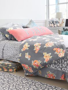 Reversible Duvet Cover - PINK - Victoria's Secret Pink Dorm I wish it wasn't so young looking My New Room, My Room, Dorm Room, Dorm Bedding, Bedding Sets, Pink Bedding, Floral Bedding, Coral And Grey Bedding, Cheetah Bedding