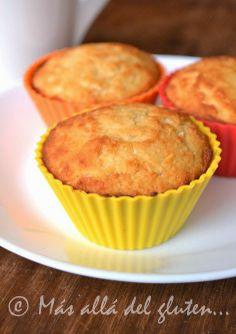 Muffins Con Coco | INGREDIENTES: harina de arroz / harina de coco / harina de almendras / coco rallado / stevia / polvo para hornear / bicarbonato de sodio / leche vegetal / aceite de coco derretido