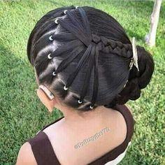 Best Wedding Hairstyles for Flower Girls Braids Hair, Braided hairstyles, Girl hairstyles, Girl hair Girls Hairdos, Lil Girl Hairstyles, Kids Braided Hairstyles, Girls Braids, Wedding Hairstyles, Cool Hairstyles, Girls Updo, Hairstyle Ideas, Toddler Hairstyles