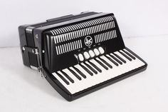 (Limited Supply) Click Image Above: Used Hohner Bravo Iii 72 Accordion Black 886830345074