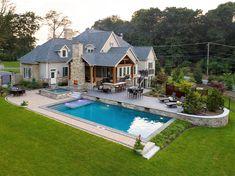 Backyard Pool Designs, Swimming Pools Backyard, Pool Landscaping, Backyard Patio, Outdoor Spaces, Outdoor Living, Pool Landscape Design, Backyard Paradise, Dream Pools