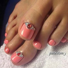 Nail art for Toe nails, Pretty! Pedicure Designs, New Nail Designs, Pedicure Nail Art, Toe Nail Art, Nail Manicure, Pretty Toe Nails, Feet Nails, Toenails, Different Nail Designs