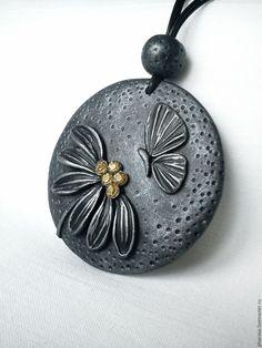 Купить Кулон из полимерной глины Под луной - кулон цветок, кулон из полимерной…