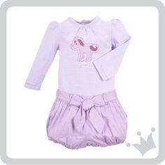 Lila y Unicornios, composición ideal para las bebés, quienes con su ternura iluminan todo su alrededor. La propuesta del día agrega un toque de magia al día de las pequeñas.http://www.shopepk.com.co/index.php?page=shop.product_details&flypage=flypage_look.tpl&product_id=717&category_id=166&option=com_virtuemart&cat=1&Itemid=69