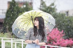 """Naver Starcast: ""Summer Rain"" MV Shooting Behind the Scenes "" Gfriend Album, Gfriend Yuju, Gfriend Sowon, Kpop Girl Groups, Kpop Girls, Music 2015, When I Miss You, Smell Of Rain, Cloud Dancer"