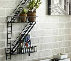 Google Image Result for http://socializarq.com/wp-content/uploads/2012/12/slick-urban-shelf-perfect-for-modern-and-vintage-interiors-with-a-twist.jpg