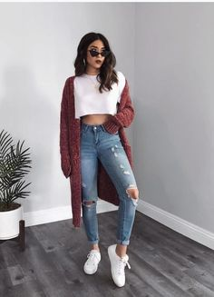 Cute Fall Outfits Ideas 2018 - 50 fall outfit ideas ⋆ Take Note - - Put away your summer fits, because fall is here! Here are cute fall outfits for Get your fall outfit inspo now . Cute Casual Outfits, Cute Summer Outfits, Winter Outfits, Preppy School Outfits, Outfits For Girls, White Girl Outfits, College Outfits, Chic Outfits, Casual Shirts