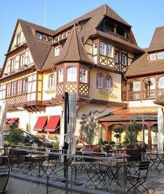 Coucher de soleil sur l'#hotel Le #Parc #Obernai Le Parc**** Hôtel, Restaurants & Spa Alsace Obernai   Tél 03 88 95 50 08  www.hotel-du-parc.com/  www.facebook.com/leparcobernai