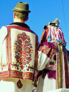 Polomka, the wedding dress Folk Clothing, Historical Clothing, Watercolor Lion Tattoo, Costumes Around The World, Central Europe, Folk Costume, Ethnic Fashion, Rock Art, Traditional Outfits